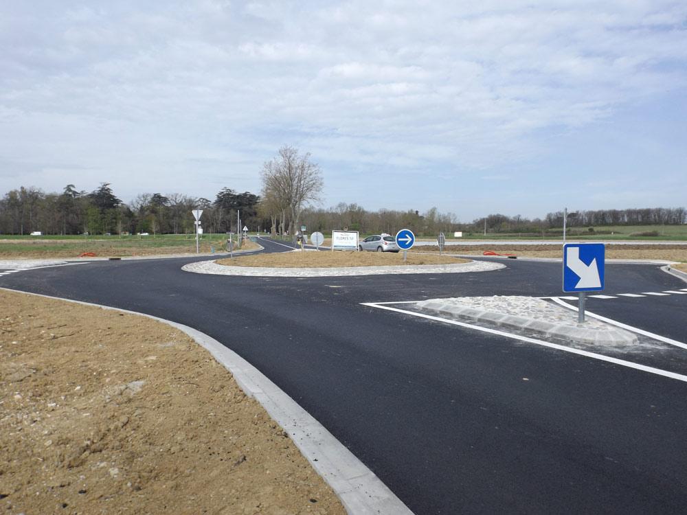 Création d'un giratoire sur la RD6 près de Campsas (82) par Florès TP Entreprise de travaux publics et privés dans le 31 et le 82